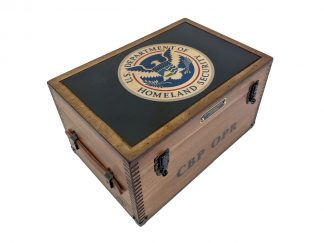 Custom Government Agent Gifts